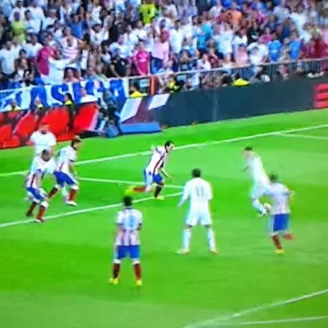 LORD CULEs post on Vine - Cómo canta Rivero un gol del Atleti y un gol del Madrid. #SupercopaTVE #Vergüenza #AplastaAtleti - LORD CULEs post on Vine