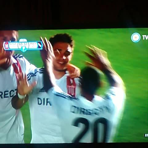 Pincha Pasions post on Vine - Gol de Estudiantes! Golazo del Pocho para el triunfo parcial - Pincha Pasions post on Vine