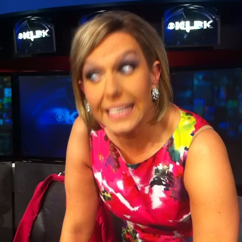 Watch nikki dee ray s vine quot 3 2 1 take off the crown news