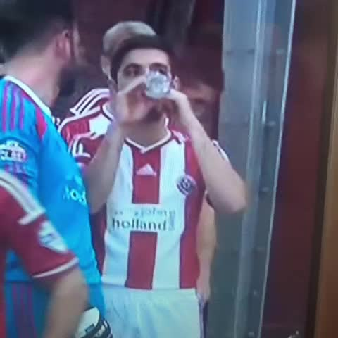 Thomas Gadds post on Vine - That moment when you spot your mate across the dance floor in a nightclub #bcafc #twitterblades #sufc TSBible, The LAD Bible - Thomas Gadds post on Vine