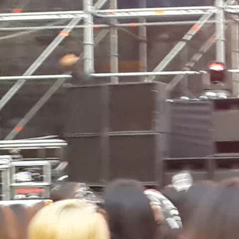 Vine by rinakookie - JHOPE EXITING THE STAGE REMOVING HIS JACKET OMGGGG