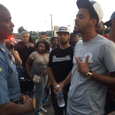 Justin Carissimos post on Vine - JCole meeting Capt. Ron Johnson #ferguson - Justin Carissimos post on Vine