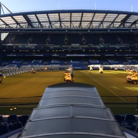 Chelsea FCs post on Vine - Pitch preparations at #StamfordBridge... #CFC - Chelsea FCs post on Vine