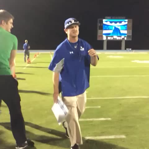 An UNDEFEATED JV season means a Gatorade shower for Coach Myers! #IMGFam #IMGRiseUp #GatoradeShower - IMG Academys post on Vine