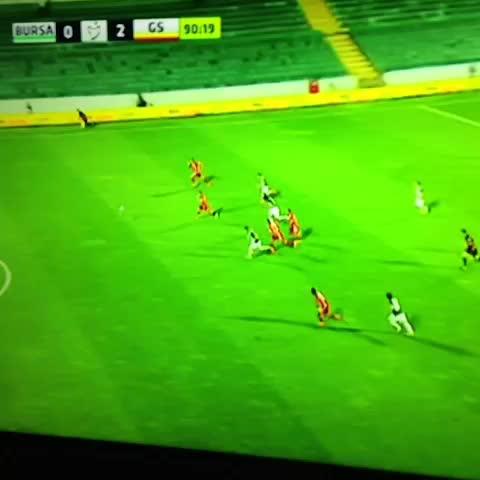 Olcan Adının golü ile 2-0 öndeyiz! - Galatasaray Vines post on Vine