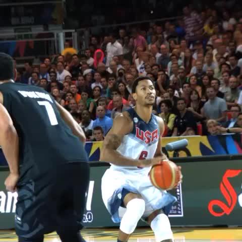 USA Basketballs post on Vine - Derrick Rose knocks down the jumper in the first half. #USABMNT #Spain2014 - USA Basketballs post on Vine