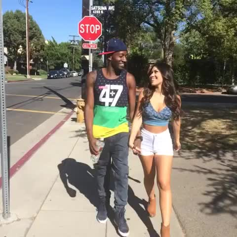 DeStorm Powers post on Vine - When you get caught looking back at a girls booty... 👀 w/ Julia Kelly, MelvinGregg #SoThirstay - DeStorm Powers post on Vine