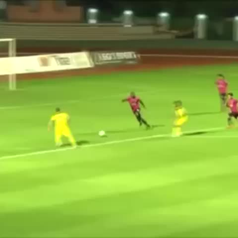 BBC 606s post on Vine - Everyone loves a rabona goal. - BBC 606s post on Vine