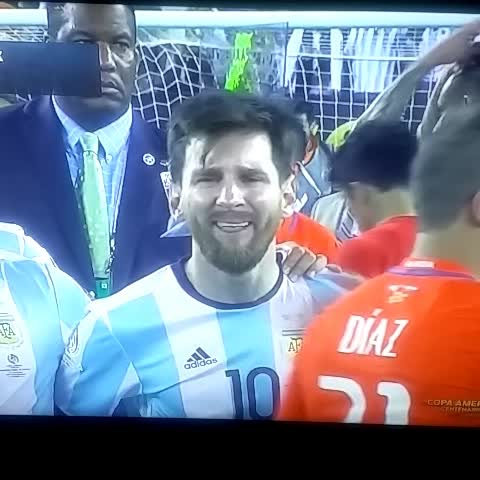 Vine by Arsenal Fan USA - Video: Messi crying #CopaAmerica