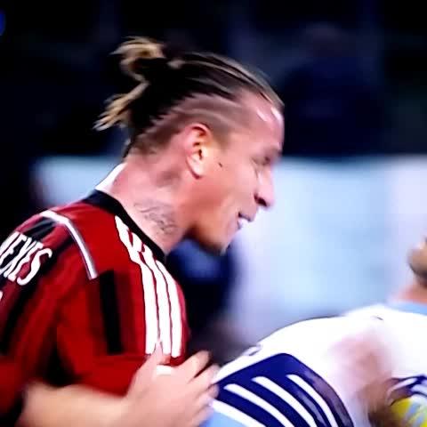 Vine by FORZA MILAN ! - Mexes.. U son of a **** #SerieA #LazioMilan