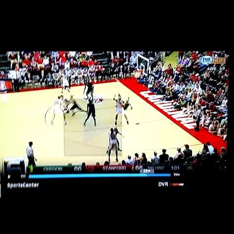 Vine by Matt Prehm - .Oregon Basketball Jordan Bell makes #SCTop10 at No. 6
