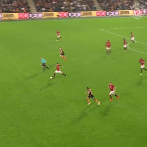 Vine by Manchester United - Mkhitaryan v Hull #MUFC