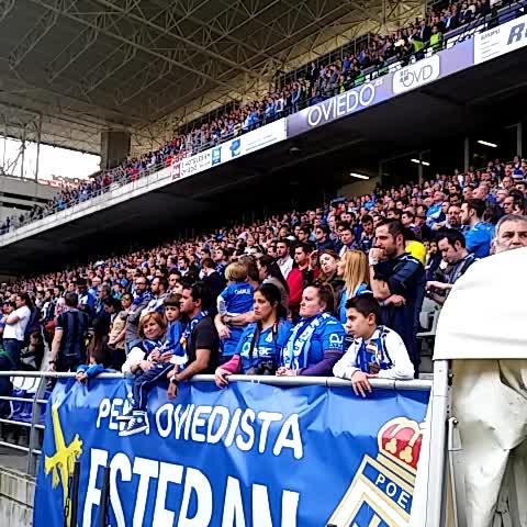 Vine by Real Oviedo - Minuto de silencio, y comienza el partido #8finales #LlenarElTartiere