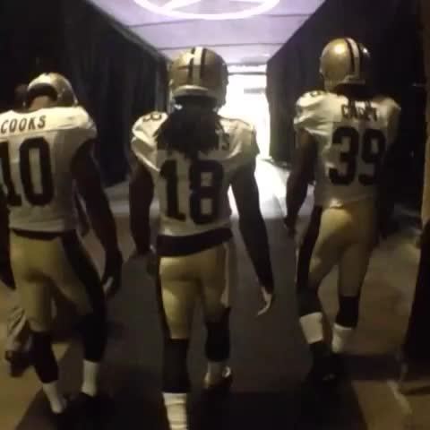 New Orleans Saintss post on Vine - Hour till kickoff! #Saints - New Orleans Saintss post on Vine