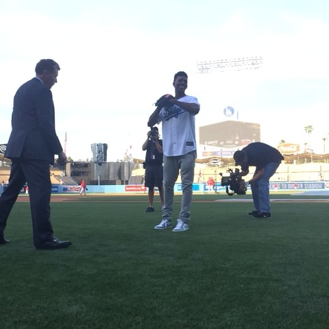 Swaggy gets lessons from a legend: - Dodgerss post on Vine