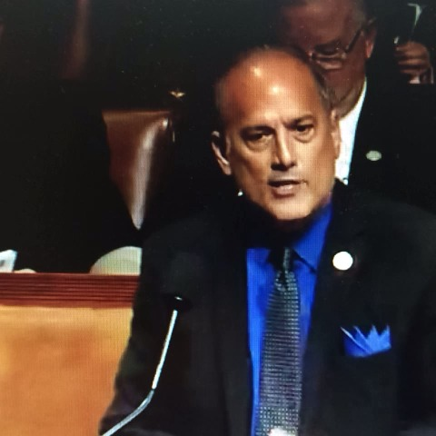 Rep Marino (R-PA) hits a nerve with Min Leader Nancy Pelosi (D-CA) during border bill debate - Frank Thorp Vs post on Vine
