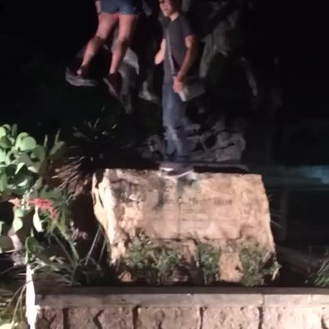 Tyler Johnsons post on Vine - how it gets down on the square. #txst video courtesy of @ashwyatt26 - Tyler Johnsons post on Vine