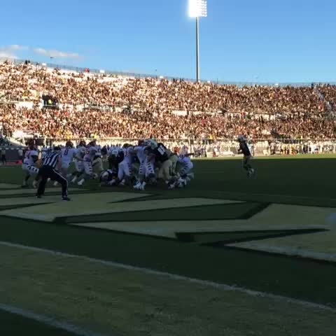 Stanback prefers to be in the endzone. Hey! There he is. #ChargeOn - UCF Knightss post on Vine