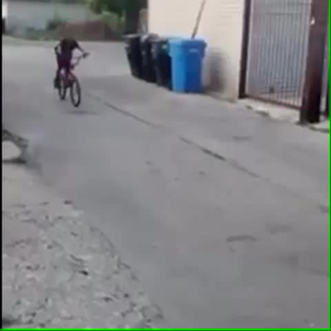 Vine by parsa_ant - #Bruh this nigga did a driveby on his bike #ChangedThegameforever #Success