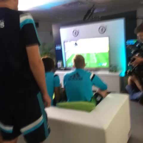 Tense! #FIFA15 - Chelsea FCs post on Vine