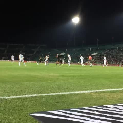 Vine by Atlas F.C. - ¡Así se vio desde la cancha el gol de José Madueña! ¡Dale Atlas!