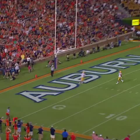 Vine by ESPN CollegeFootball - Dont worry, shes okay