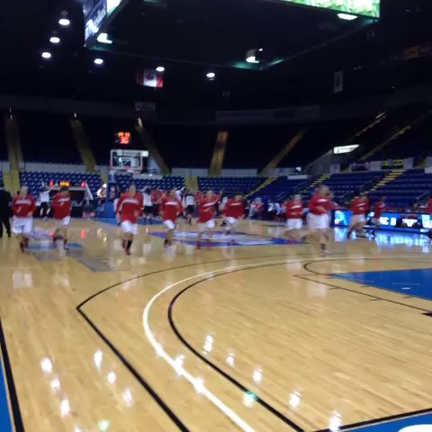 Here come the @Marist #RedFoxes, preparing for the 2 p.m. #MAAC14 title game. #maachoops - Sean McManns post on Vine