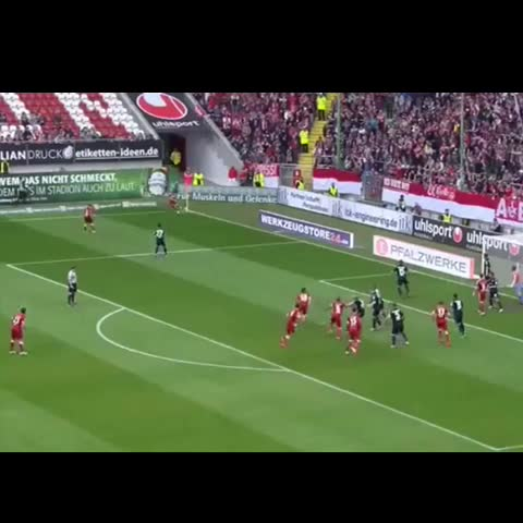 Best Soccer Vines™s post on Vine - What an amazing goal ! #goal #soccer #football #bestsoccervines #like #revine #follow #tagsforlikes #bestgoalsweek #BestGoal - Best Soccer Vines™s post on Vine