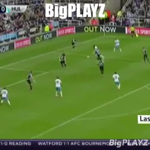 Vine by BigPLAYZ - Jelavic with a gr8 acrobatic strike!!! #epl #soccer #Hullcity #do