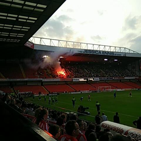 Our Turkish friends get the Pyro out #sufc #twitterblades - S24SUs post on Vine