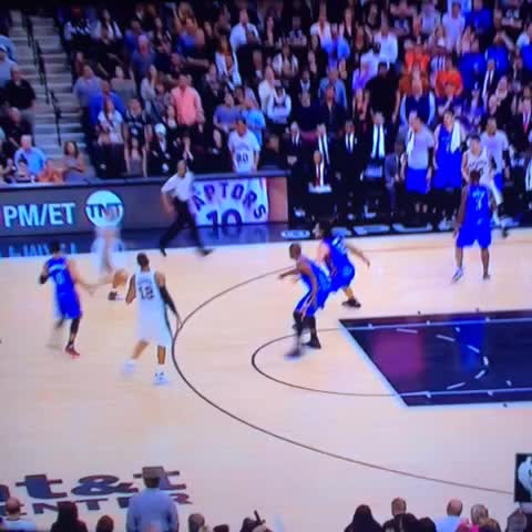 Vine by sportsarelife - Cant we take a moment to appreciate this absolute dime from Tony Parker