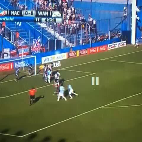 Martin Charqueros post on Vine - Aburrite (se puede?) de ver el gol olímpico de Chino Recoba. 6 segundos para aplaudir. - Martin Charqueros post on Vine