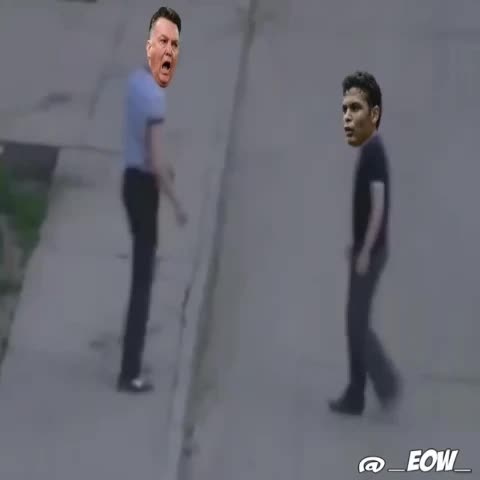 Vine by EOW - Louis Van Gaal confronts Thiago Silva over comments made about Manchester United.
