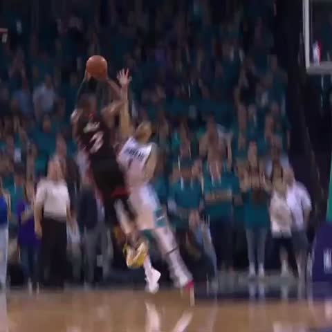 "Vine by SportsCenter - Wade vs ""Purple shirt man"""