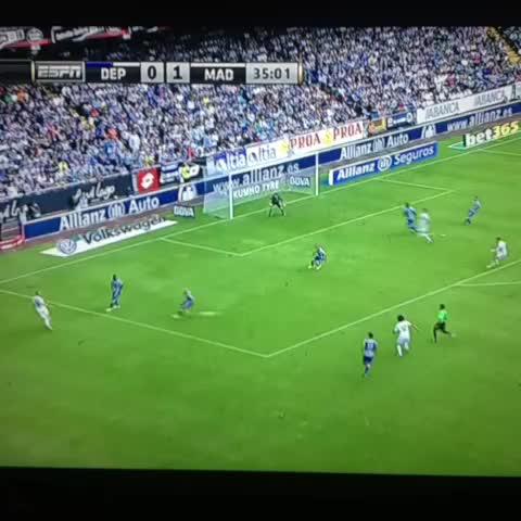 Cristiano Ronaldos post on Vine - GOOOOL JAMES!! - Cristiano Ronaldos post on Vine