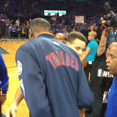 Vine by NBA - KD daps up Steph & Andre as we near GAMETIME of Game 6 on TNT! #WARRIORSvTHUNDER