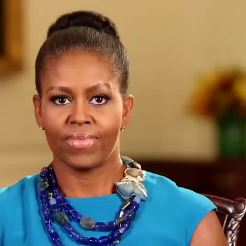 15 Things Michelle Obama Does That We Love But Sasha And Malia Probably Don't | HuffPost Life