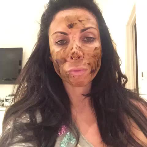 Vine by Francine Lewis - Katie price: she slags me off #cbb