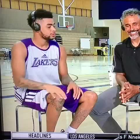 Vine by Grant Goldberg - DAngelo Russell left hanging