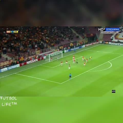 Vine by Futbol Life™ - Ramseys Stunning Goal!!in CL #FutbolLife #FutbolPlanet