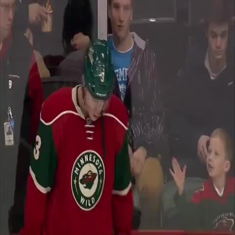 Hockey Clipss post on Vine - Vine by Hockey Clips - Charlie Coyle waves to a young fan and makes his day! Revine if this made you smile :) #hockey #NHL