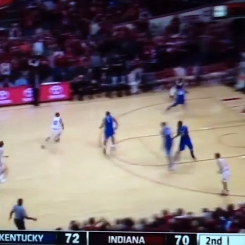 Greatest buzzer ever: Christian Watford vs #1 Kentucky #buzzerbeater #watshot .. dont argue that another is better cause your wrong so #smd - Basketball Buzzer Beaterss post on Vine