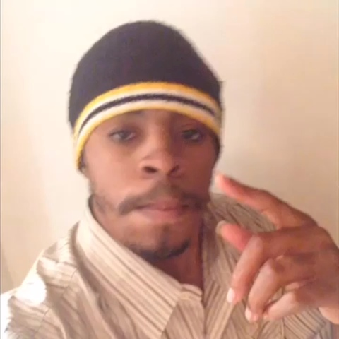 iMarkkeyzs post on Vine - Vine by DJ iMarkkeyz - Ayo @Leek0, Carl Garrett has a message for you 😂😂😂😂😂 #TeamSnapCam #JerseyClub