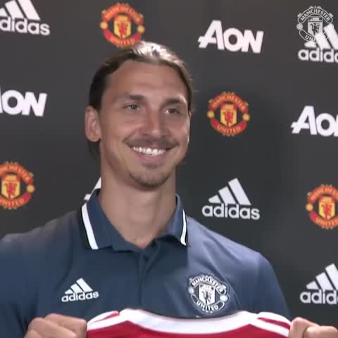 Vine by Manchester United - That feeling when you get your first United shirt... #ZlatanTime