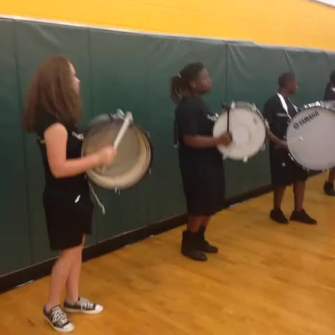 Ed White High drum line kicking off the pep rally #blitzison #actionsportsjax - ActionNewsJaxs post on Vine