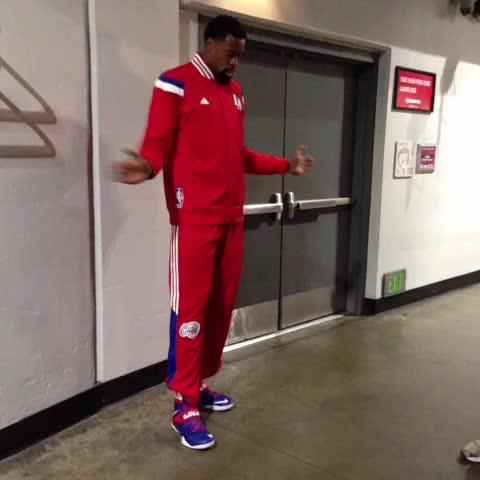 DeAndre Jordan getting loose. - Los Angeles Clipperss post on Vine