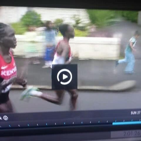 (via @JonnyGabriel)s post on Vine - A late entrant in the womens marathon... - (via @JonnyGabriel)s post on Vine