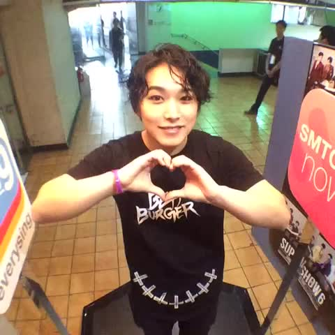 "[#100thSuperShow] #SuperJunior WORLD TOUR ""SUPER SHOW 6"" with @smtownglobal, SUNGMIN2 - SMTOWN GLOBALs post on Vine"