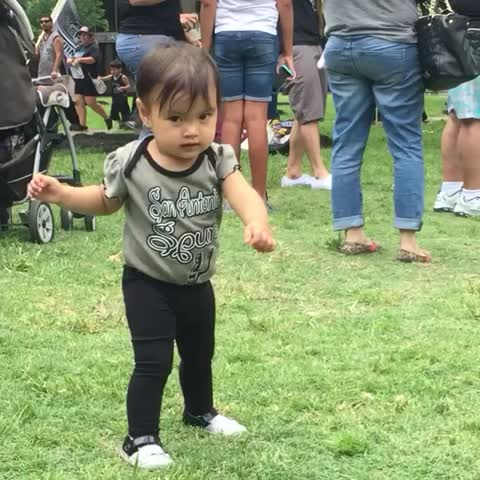 Vine by San Antonio Spurs - The cutest Dance Party just broke out at the mural. #GoSpursGo