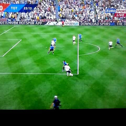 Vine by Pared Virtual - Kaká para Villa y el equipo All Star de la MLS ya le gana 2-0 al Tottenham